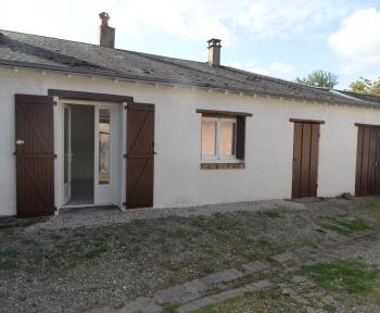 Location Maison 2 pièces Cour-Cheverny (41700) - Centre bourg