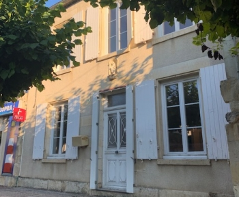 Location Maison de ville 4 pièces Donzy (58220) - Centre Bourg